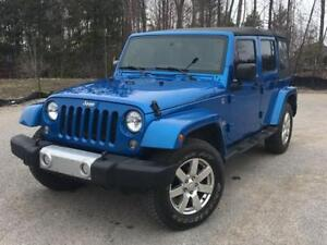 2014 Jeep Wrangler Unlimited Sahara- LEATHER AND NAV