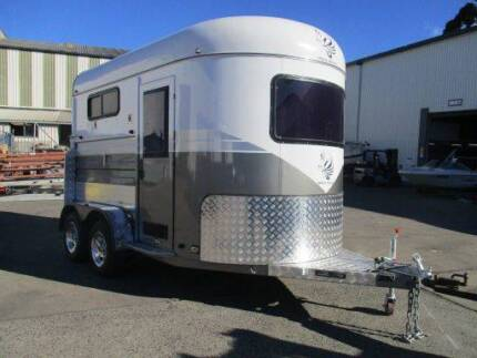 NEW -2017 White Horse 2 Angle Load Horse Float Trailer