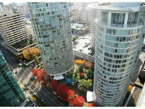 Vancouver Downtown sharing room/bath for rent (furnished) girls