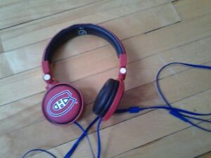 NEW MONTREAL CANADIENS HABS HEADPHONES OFFICIAL NHL PRODUCT