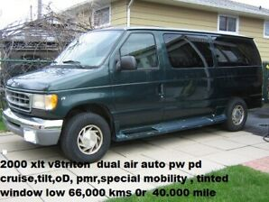 2000  FORD  XLT LOADED SPECIAL MOBILITY WINDOW VAN