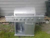 BARBECUE FOR SALE ,,,,,, Lives in Sydney Mines, Nova Scotia