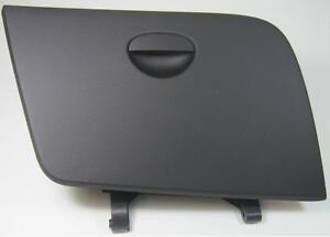 NEW GENUINE SEAT LEON 1P BLACK GLOVEBOX LID - 1P2 857 121 1MM