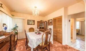 5 Bedrooms on upper floor House for Working Family Available Nov