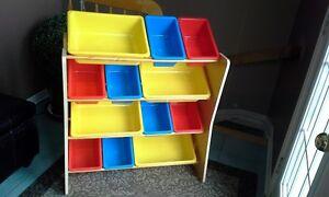 meuble à rangement / Storage bin rack Gatineau Ottawa / Gatineau Area image 1