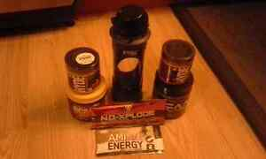 Weightlifting suppliments and Jaxx glass protien bottle