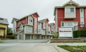 3 Beds, 2-1/2 Baths Townhouse for Rent - Surrey, BC