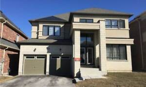 House for Sale in East Gwillimbury at Mondial Cres