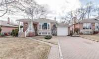 House for Sale in Richmond Hill at Parkston Crt