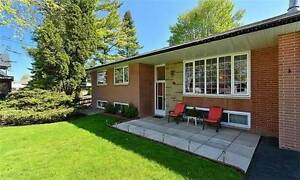 Beautiful 3 Bedroom Bungalow - Keele & Rutherford
