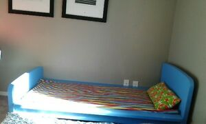 SINGLE BED $50 OBO SALE IN BRIDLEWOOD SW