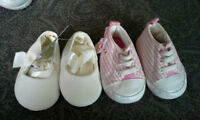 baby girl lot 0-3 month lot $5 for quick sale 8 pieces