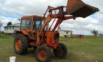 Tractor with front end loader   $8500 Toowoomba 4350 Toowoomba City Preview