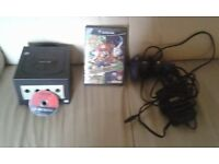 Nintendo gamecube with controller & all leads inc 2 games inc mario party 6 £50