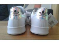 Brand New Stan Smith Adidas Unisex Trainers size 9.5