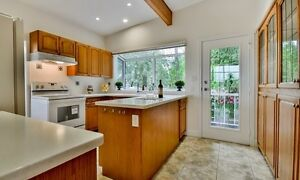 Don't MISS OUT!! Recently Renovated HOME!! Downtown-West End Greater Vancouver Area image 4