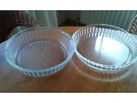 Two glass baking pans