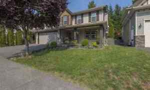 Tired of Renting? Rent to 0wn this suited house in Chilliwack 4