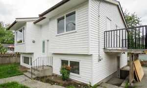 5br - 5 Bed 2 Bath house for rent (150 Street 88 Ave)