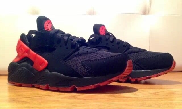89c6aa69c0b4 Nike Air Huarache love hate pack limited edition brand new size 7.5 not  adidas