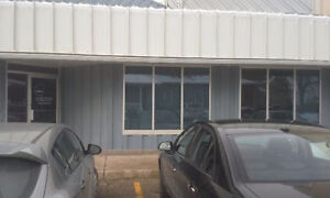 GREAT OFFICE SPACE - BRESLAU - VERY CLOSE VICTORIA ST KITCHENER