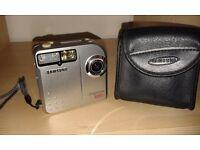 Samsung Digimax 800k digital camera