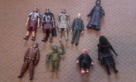 9 Dr Who figures