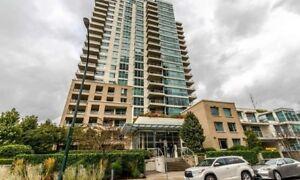 2BR 2BATH + Den Waterfront Corner Unit Apartment/Condo