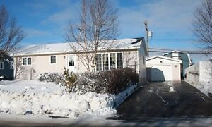 Spacious Bungalow with Detached Garage! 843 Tamarack Drive