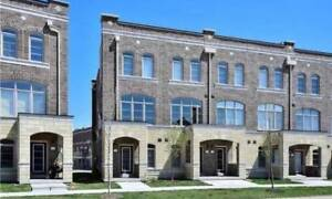 House for Sale in Whitchurch-Stouffville at Glad Park Ave