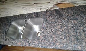 Beautiful Granite Counter Top With dual sink