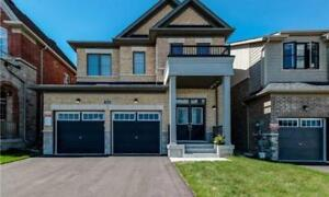 House for Sale in East Gwillimbury at Chessington Ave