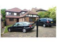 5 bedroom house in Barnet Gate Lane, Arkley, Hertfordshire, EN5
