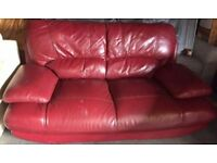 Designer Sofa very comfy 2 Seater can delivery free local