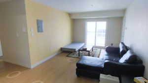 FEMALE ONLY ROOM- 4 MONTH LEASE @ 45 COLUMBIA