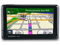 Cheap Garmin 4.3 Inch Wide screen Sat Nav UK & IRE Easy To Use Dash Mount Charger