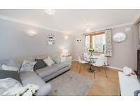 1 bedroom flat in Painter House Sidney Street, London, E1