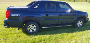 2004 Chevy Avalanche Z71 Loaded