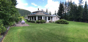 House, 4 Car with 4.76 Acres and Income from 7 Buildings Revelstoke British Columbia image 3