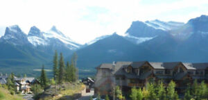 """Gorgeous 3 bedroom condo Three Sister's Mountain Range, Canmore"
