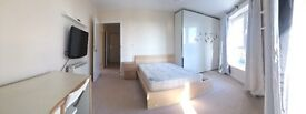 For Rent: Spacious (18 m2 ) double room in nice new flat - Central Woking
