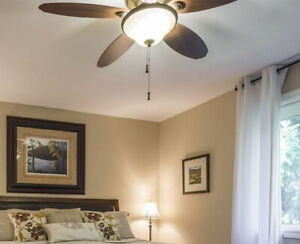 HUNTER INDOOR TROPICAL CEILING FAN WITH LIGHT KIT