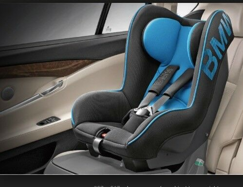 bmw junior seat 1 isofix base for ages 1 4yrs in. Black Bedroom Furniture Sets. Home Design Ideas