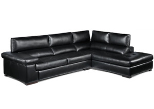 Underwood 2-Piece Sectional with Right-Facing Chaise - Black