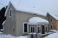 """""""Rent to Own"""" Waterfront  Home $975/month - Burks Falls"""