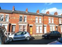 31 CHADWICK STREET SPACIOUS 4 BEDROOM HOUSE £1000PCM AVAILABLE 1st AUGUST