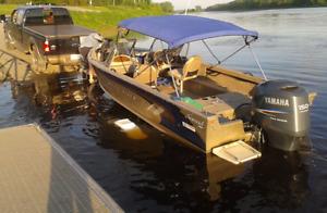 Bateau de pêche 2004 Misty River Nomad 1984