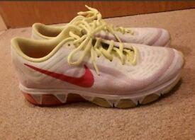 Nike tailwind women's running shoes