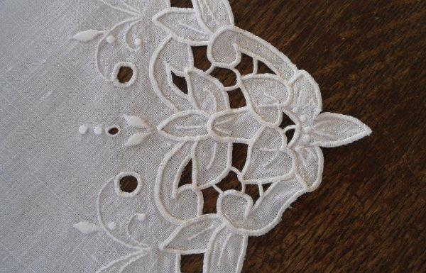 Vintage Madeira Linen Placemats Napkins White Lilies Cutwork Embroidery Set
