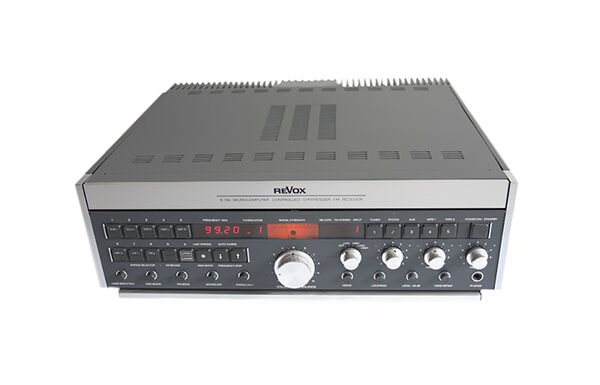 Tandberg 2080 Stereo Receiver